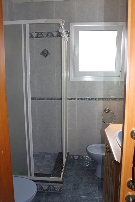 bathroom 2 –